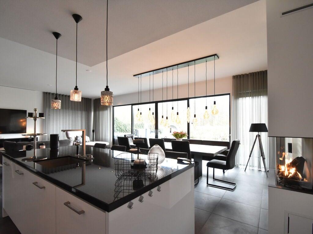 Ferienhaus Moderne Villa in Harderwijk mit Sauna und Whirlpool (2438369), Zeewolde, , Flevoland, Niederlande, Bild 10