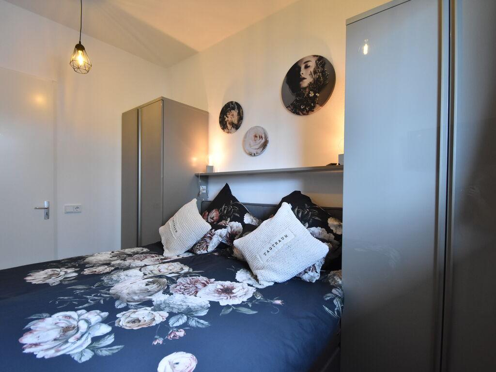 Ferienhaus Moderne Villa in Harderwijk mit Sauna und Whirlpool (2438369), Zeewolde, , Flevoland, Niederlande, Bild 17