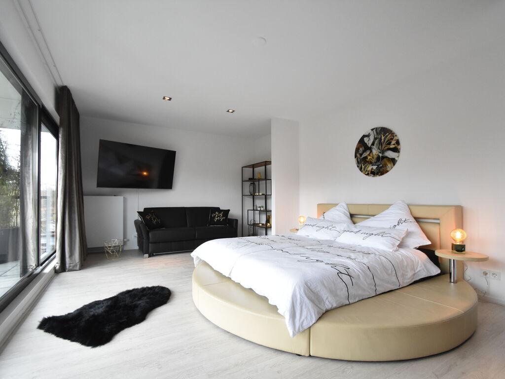 Ferienhaus Moderne Villa in Harderwijk mit Sauna und Whirlpool (2438369), Zeewolde, , Flevoland, Niederlande, Bild 19