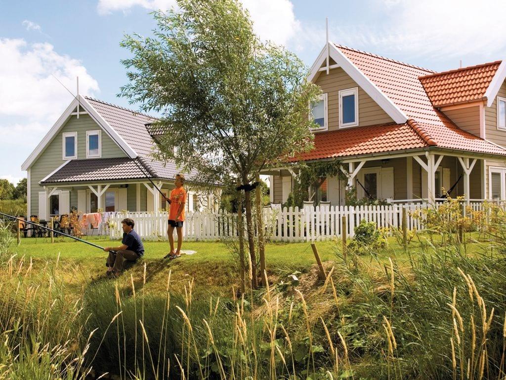 Ferienhaus Renovierte Villa mit Spülmaschine, nahe am Grevelingenmeer (2470759), Bruinisse, , Seeland, Niederlande, Bild 2