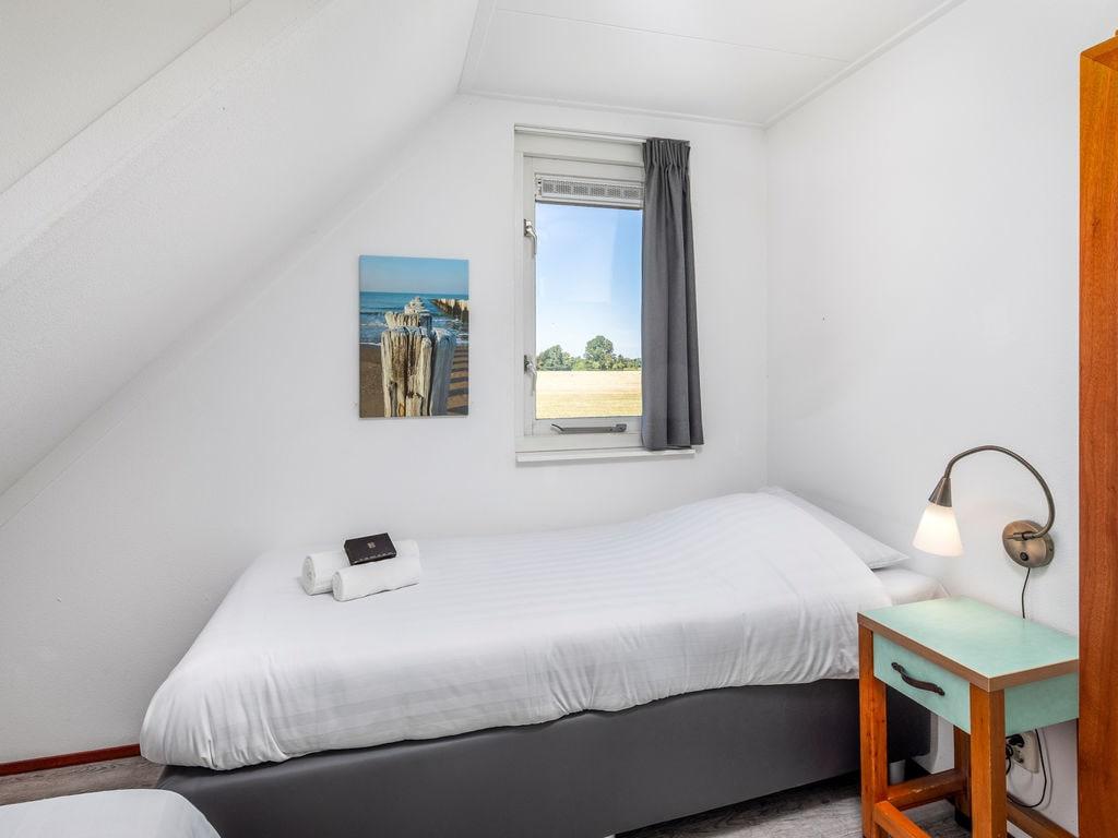 Ferienhaus Renovierte Villa mit Spülmaschine, nahe am Grevelingenmeer (2470759), Bruinisse, , Seeland, Niederlande, Bild 9