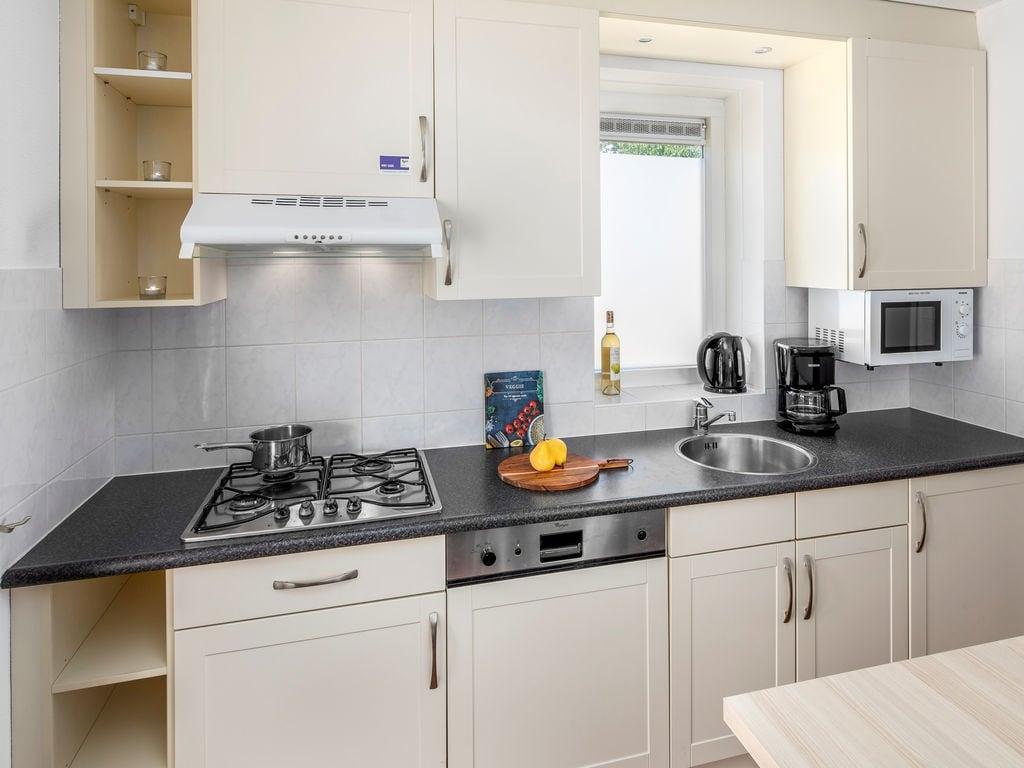 Ferienhaus Renovierte Villa mit Spülmaschine, nahe am Grevelingenmeer (2470757), Bruinisse, , Seeland, Niederlande, Bild 7
