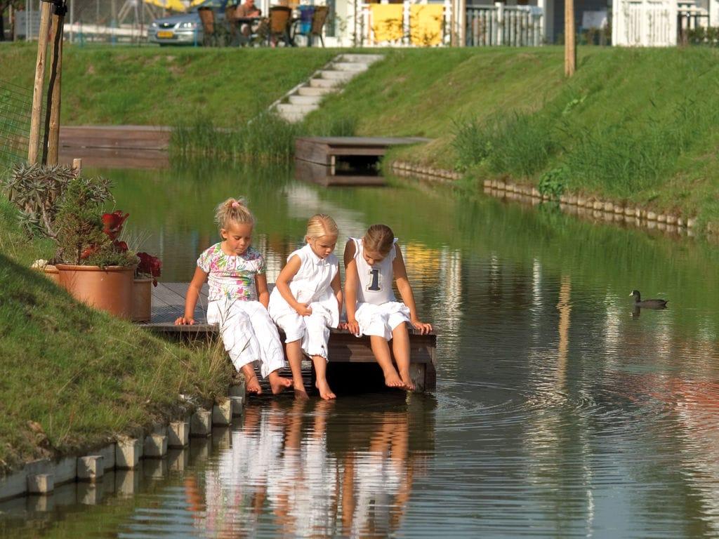 Ferienhaus Renovierte Villa mit Spülmaschine, nahe am Grevelingenmeer (2470758), Bruinisse, , Seeland, Niederlande, Bild 12