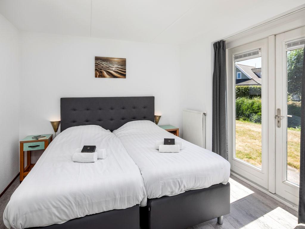 Ferienhaus Renovierte Villa mit Spülmaschine, nahe am Grevelingenmeer (2470756), Bruinisse, , Seeland, Niederlande, Bild 8