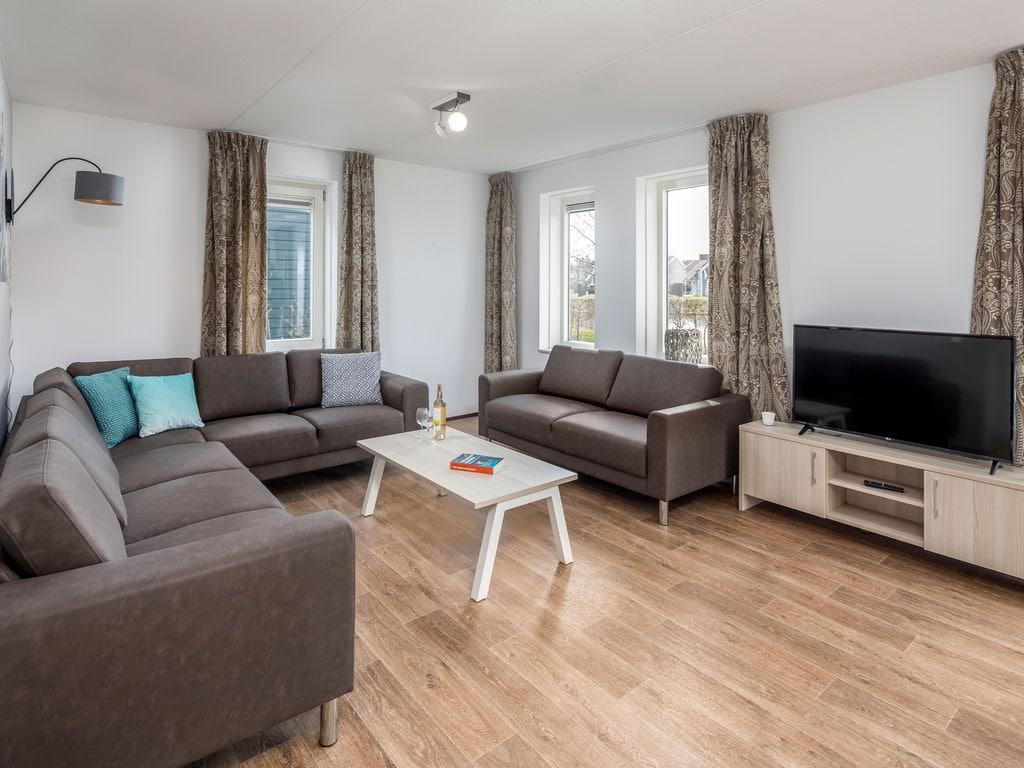 Ferienhaus Renovierte Villa mit 4 Badezimmern nahe am Grevelingenmeer (2489213), Bruinisse, , Seeland, Niederlande, Bild 3