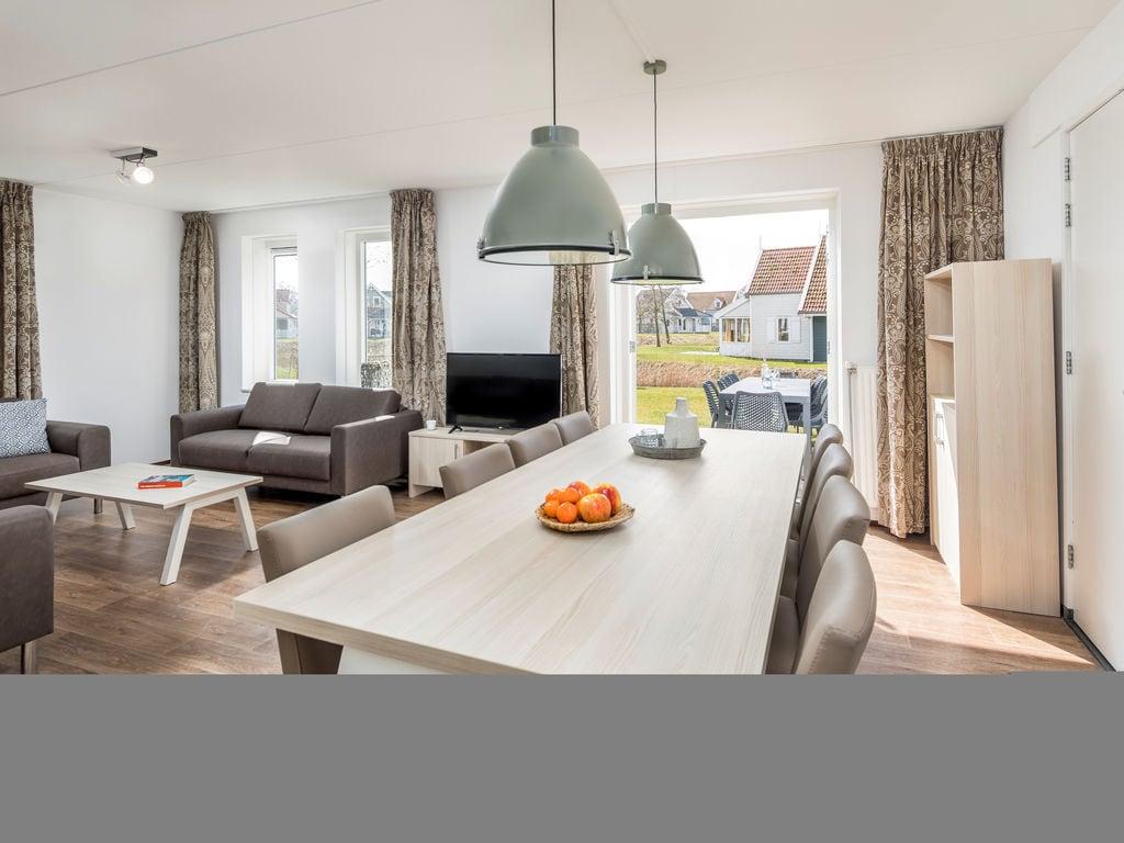 Ferienhaus Renovierte Villa mit 4 Badezimmern nahe am Grevelingenmeer (2489213), Bruinisse, , Seeland, Niederlande, Bild 4