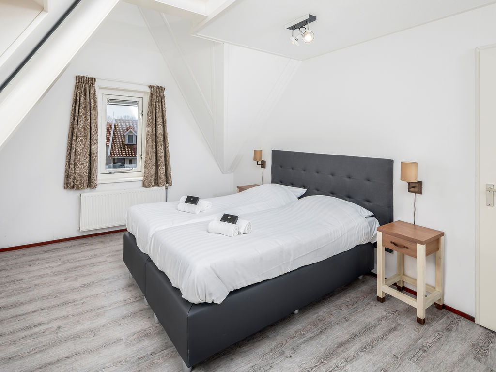 Ferienhaus Renovierte Villa mit 4 Badezimmern nahe am Grevelingenmeer (2489213), Bruinisse, , Seeland, Niederlande, Bild 9