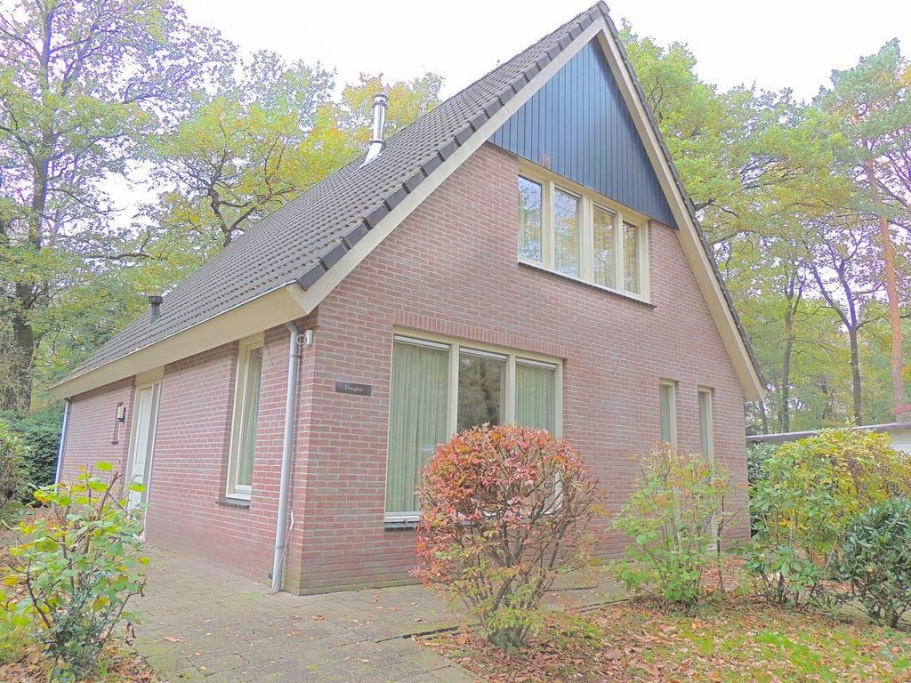 Ferienhaus Vakantiepark De Rimboe & De Woeste Hoogte 2 (2449238), Hoenderloo, Veluwe, Gelderland, Niederlande, Bild 1