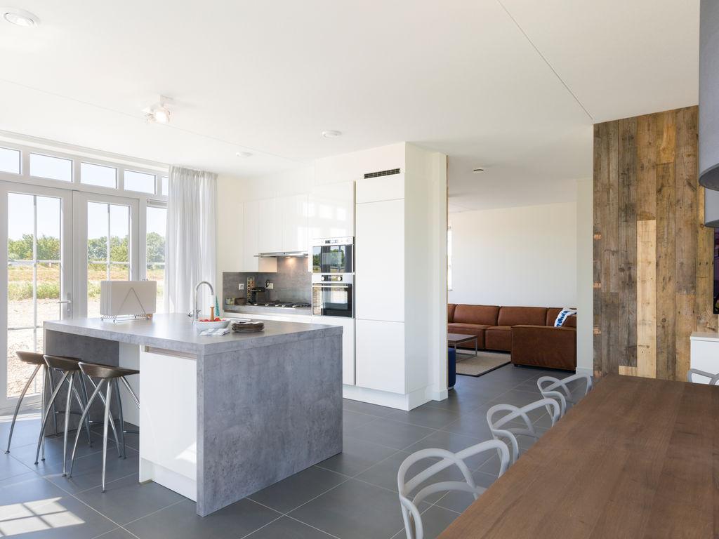 Ferienhaus Geräum., prächtige Villa mit 6 Badezimmern, Strand in 350 m (2483829), Cadzand-Bad, , Seeland, Niederlande, Bild 5