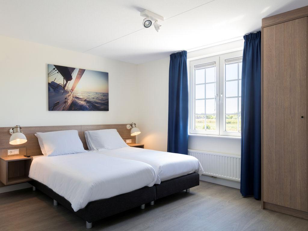 Ferienhaus Geräum., prächtige Villa mit 6 Badezimmern, Strand in 350 m (2483829), Cadzand-Bad, , Seeland, Niederlande, Bild 8