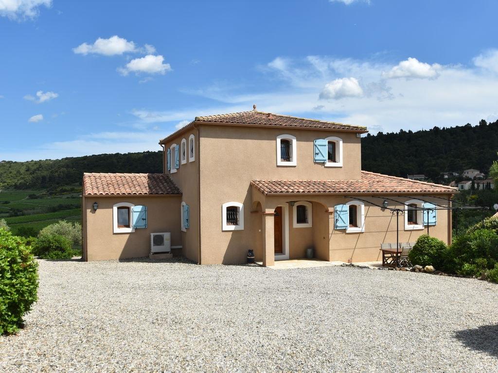 Maison de vacances Großartige Villa in Montbrun-des-Corbières mit privatem Pool (2542396), Azille, Aude intérieur, Languedoc-Roussillon, France, image 1
