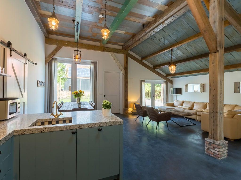 Ferienhaus Atemberaubendes Herrenhaus in Seeland mit Garten (2464954), Vrouwenpolder, , Seeland, Niederlande, Bild 12