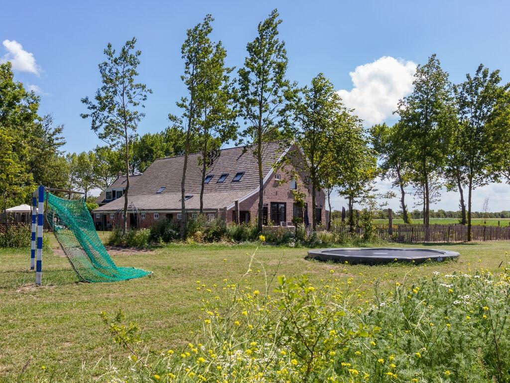 Ferienhaus Atemberaubendes Herrenhaus in Seeland mit Garten (2464954), Vrouwenpolder, , Seeland, Niederlande, Bild 30