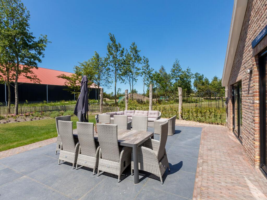 Ferienhaus Atemberaubendes Herrenhaus in Seeland mit Garten (2464954), Vrouwenpolder, , Seeland, Niederlande, Bild 27