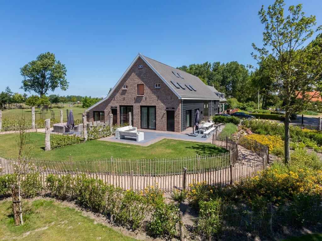 Ferienhaus Geräumige Villa mit Terrasse in Vrouwenpolder (2463872), Vrouwenpolder, , Seeland, Niederlande, Bild 2