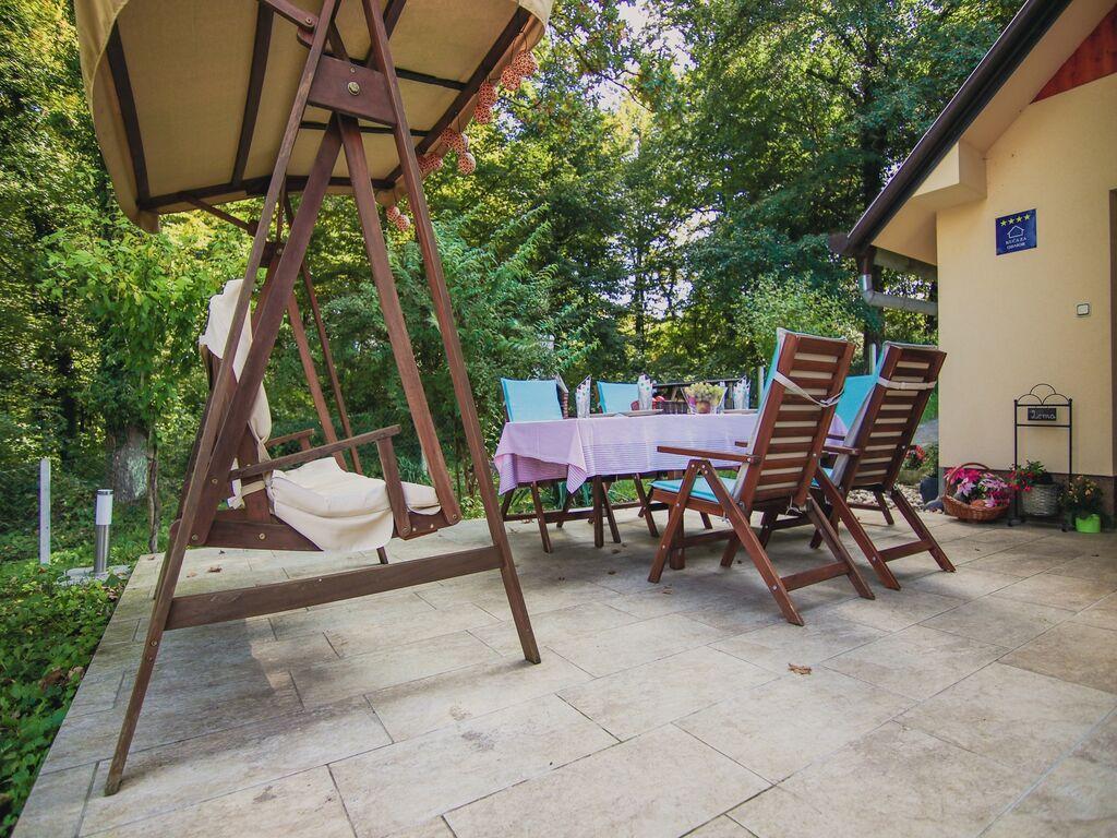 Ferienhaus Gemütliches Ferienhaus in Sveti Kriz mit eigenem Garten (2464189), Tuhelj, , Mittelkroatien, Kroatien, Bild 17