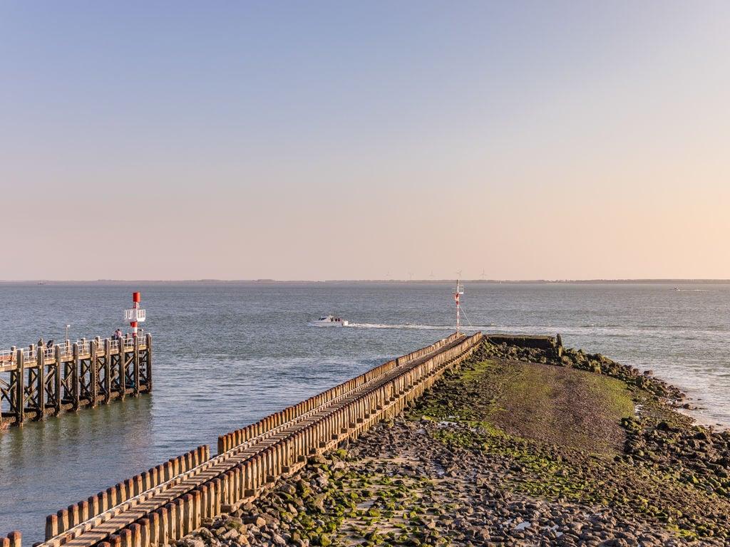 Ferienhaus Luxuriöse Lodge mit 2 Badezimmern, nur 200m vom Strand (2470755), Vlissingen, , Seeland, Niederlande, Bild 15