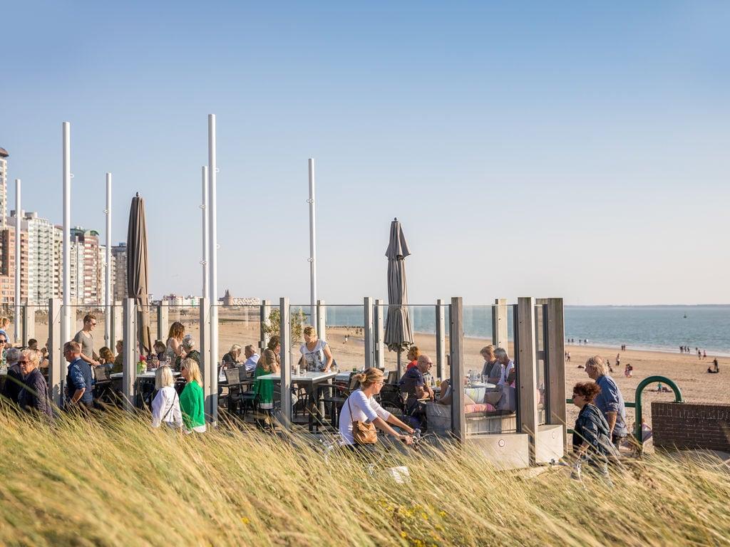 Ferienhaus Luxuriöse Lodge mit 2 Badezimmern, nur 200m vom Strand (2470755), Vlissingen, , Seeland, Niederlande, Bild 17