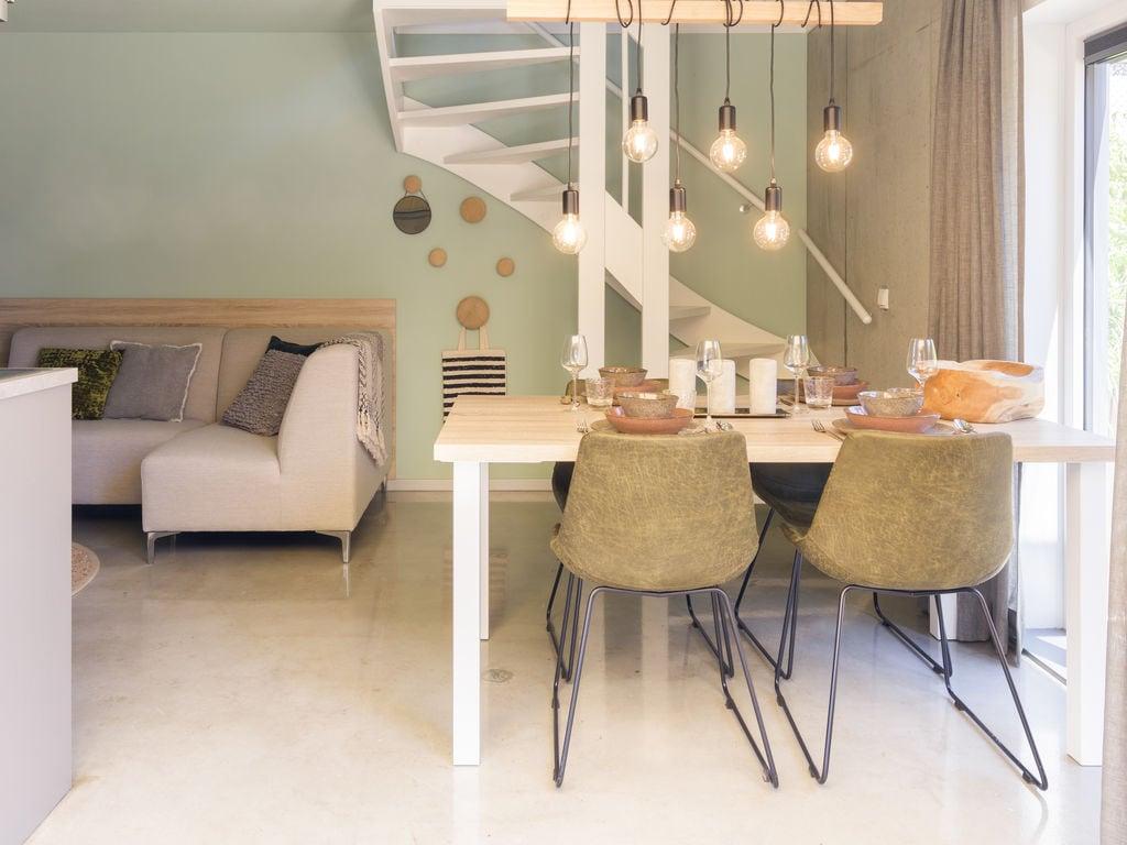 Ferienhaus Luxuriöse Lodge mit 2 Badezimmern, nur 200m vom Strand (2470755), Vlissingen, , Seeland, Niederlande, Bild 2