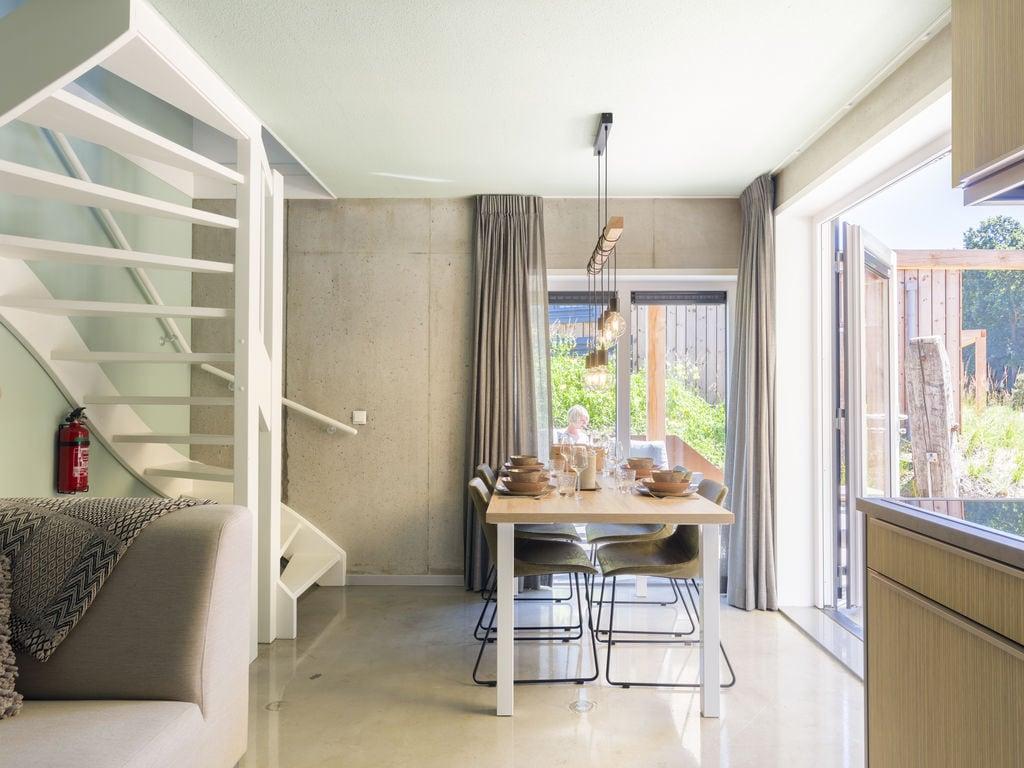 Ferienhaus Luxuriöse Lodge mit 2 Badezimmern, nur 200m vom Strand (2470755), Vlissingen, , Seeland, Niederlande, Bild 3