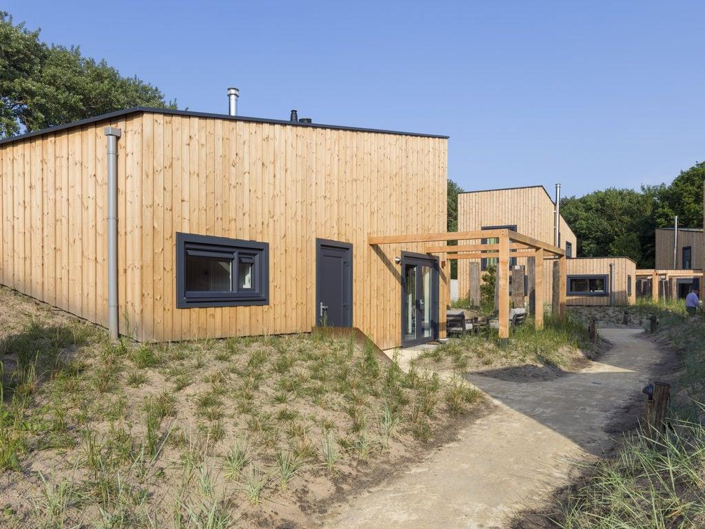 Ferienhaus Luxuriöse Lodge mit 2 Badezimmern, nur 200m vom Strand (2470755), Vlissingen, , Seeland, Niederlande, Bild 1