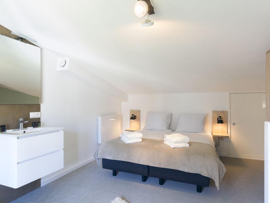 Ferienhaus Luxuriöse Lodge mit 2 Badezimmern, nur 200m vom Strand (2470755), Vlissingen, , Seeland, Niederlande, Bild 7