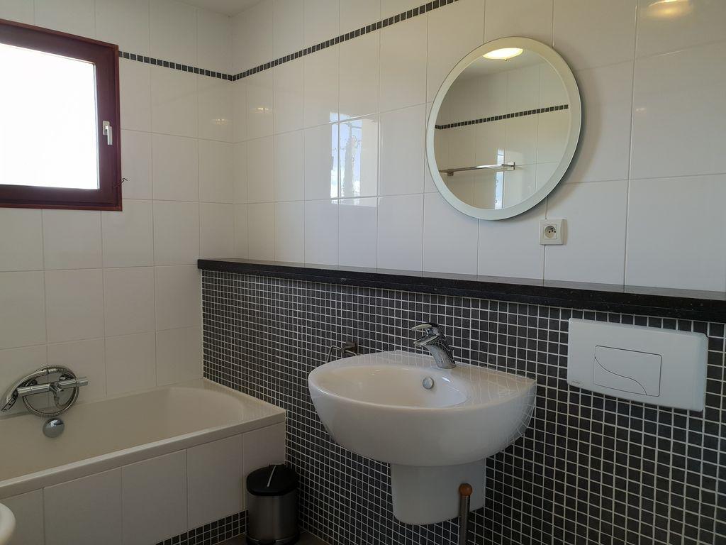 Maison de vacances Moderne Villa in Montbrun-des-Corbières mit eigenem Pool (2519962), Azille, Aude intérieur, Languedoc-Roussillon, France, image 25