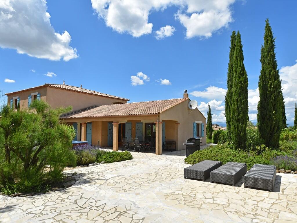 Maison de vacances Moderne Villa in Montbrun-des-Corbières mit eigenem Pool (2519962), Azille, Aude intérieur, Languedoc-Roussillon, France, image 2