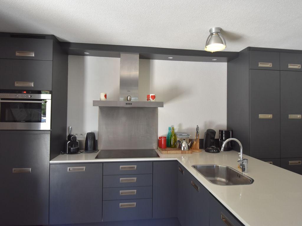 Maison de vacances Moderne Villa in Montbrun-des-Corbières mit eigenem Pool (2519962), Azille, Aude intérieur, Languedoc-Roussillon, France, image 15