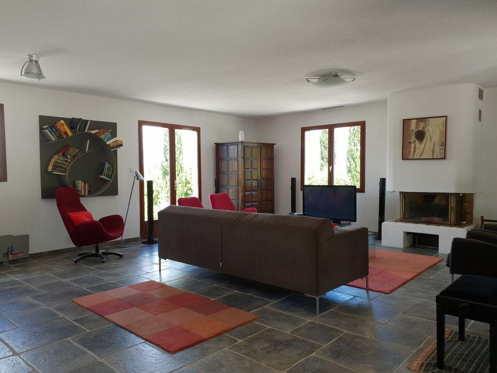 Maison de vacances Moderne Villa in Montbrun-des-Corbières mit eigenem Pool (2519962), Azille, Aude intérieur, Languedoc-Roussillon, France, image 10