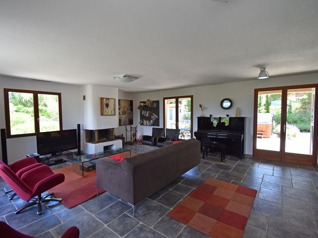 Maison de vacances Moderne Villa in Montbrun-des-Corbières mit eigenem Pool (2519962), Azille, Aude intérieur, Languedoc-Roussillon, France, image 11