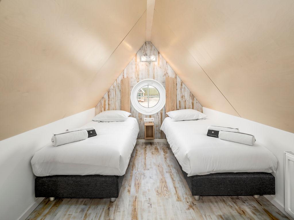 Ferienhaus Moderne Lodge mit Kombi-Mikrowelle, 500 m vom Strand entf. (2512090), Nieuwvliet, , Seeland, Niederlande, Bild 6