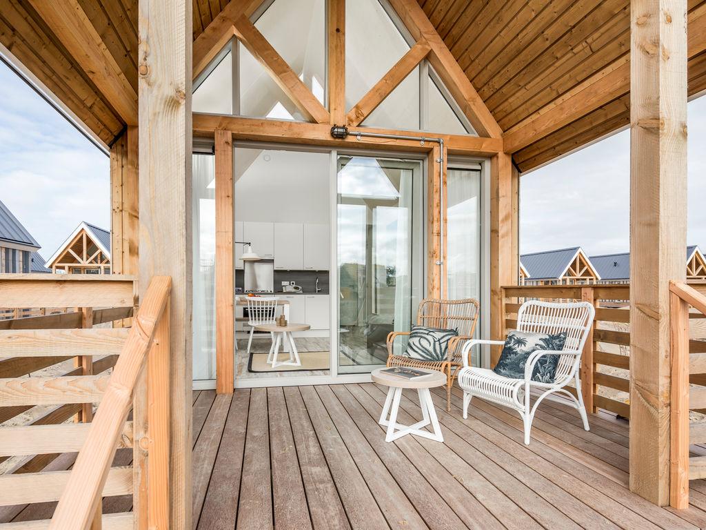 Ferienhaus Moderne Lodge mit Kombi-Mikrowelle, 500 m vom Strand entf. (2512090), Nieuwvliet, , Seeland, Niederlande, Bild 9