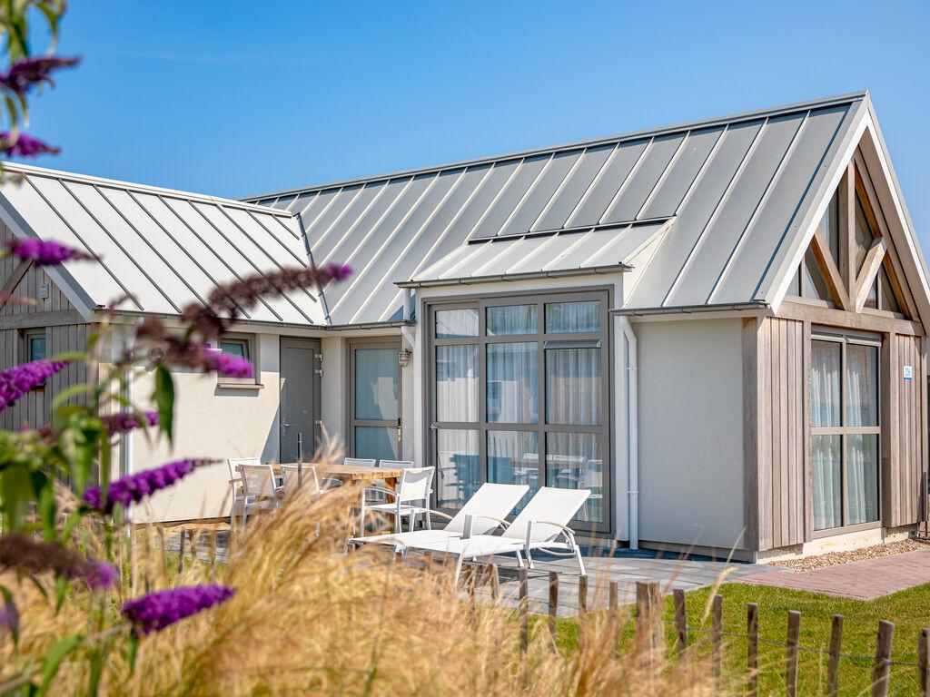 Ferienhaus Moderne Lodge mit Kombi-Mikrowelle, 500 m vom Strand entf. (2512090), Nieuwvliet, , Seeland, Niederlande, Bild 12