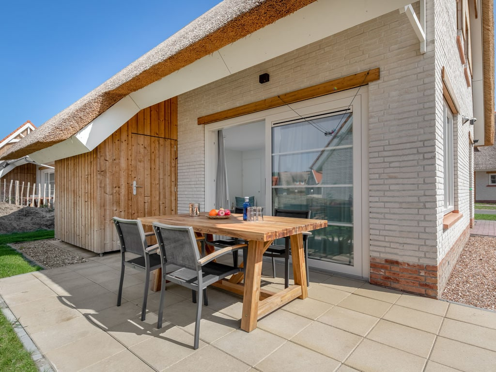Ferienhaus Luxuriöse Villa mit Geschirrspüler, nur 500 m vom Meer entf. (2512095), Nieuwvliet, , Seeland, Niederlande, Bild 10
