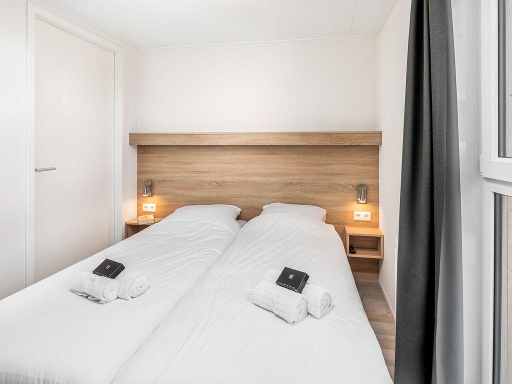Ferienhaus Moderne Lodge mit Waschmaschine, Strand in Laufnähe (2512094), Nieuwvliet, , Seeland, Niederlande, Bild 6