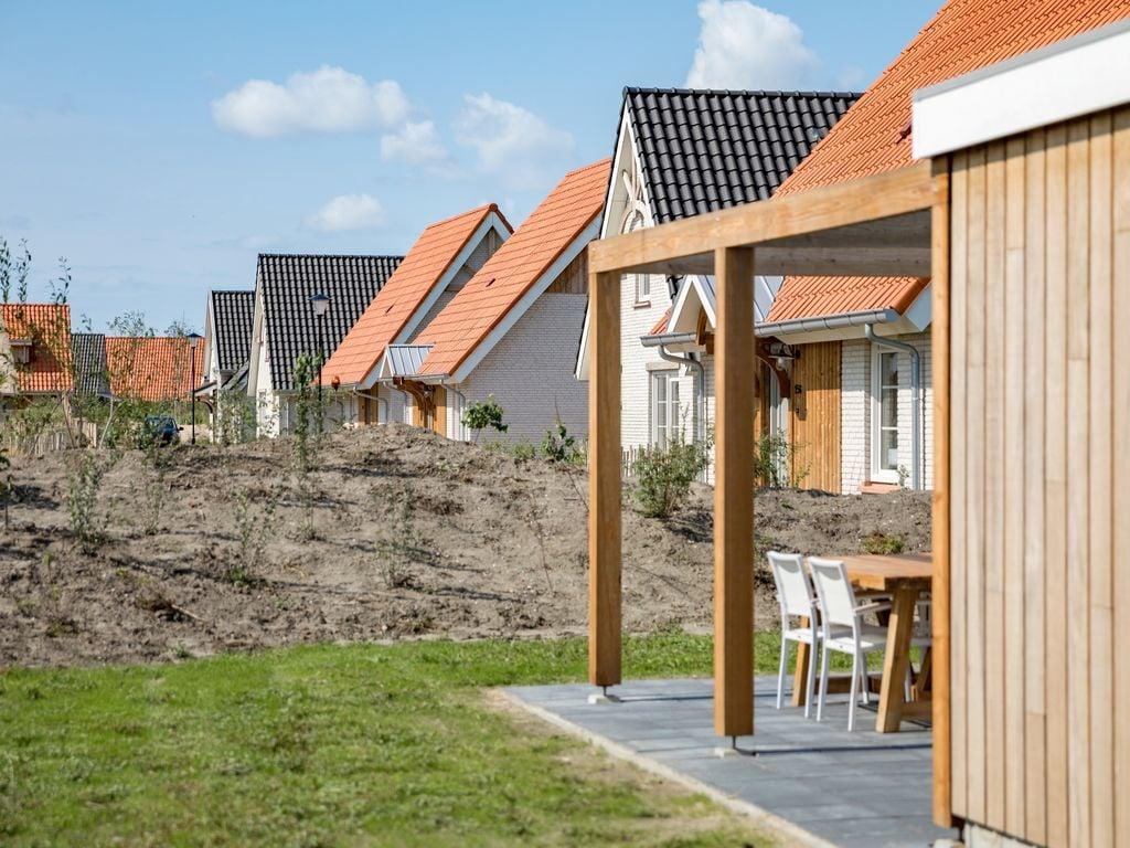 Ferienhaus Moderne Lodge mit Waschmaschine, Strand in Laufnähe (2512094), Nieuwvliet, , Seeland, Niederlande, Bild 9