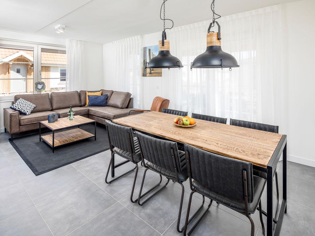 Ferienhaus Luxuriöse Villa mit Geschirrspüler, nur 500 m vom Meer entf. (2512091), Nieuwvliet, , Seeland, Niederlande, Bild 3