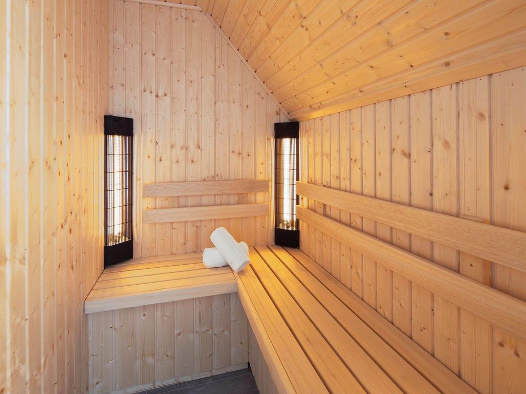 Ferienhaus Luxuriöse Villa mit Geschirrspüler, nur 500 m vom Meer entf. (2512091), Nieuwvliet, , Seeland, Niederlande, Bild 12