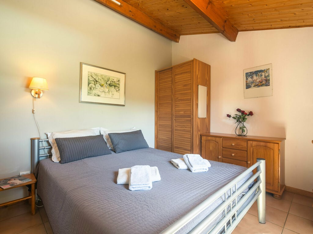 Maison de vacances Geräumige Villa mit privatem Pool in Montbrun-des-Corbières (2535364), Azille, Aude intérieur, Languedoc-Roussillon, France, image 4