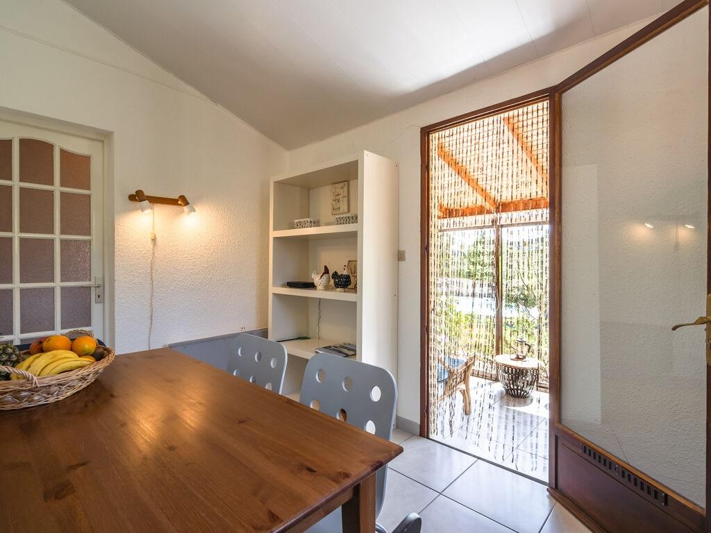 Maison de vacances Geräumige Villa mit privatem Pool in Montbrun-des-Corbières (2535364), Azille, Aude intérieur, Languedoc-Roussillon, France, image 17