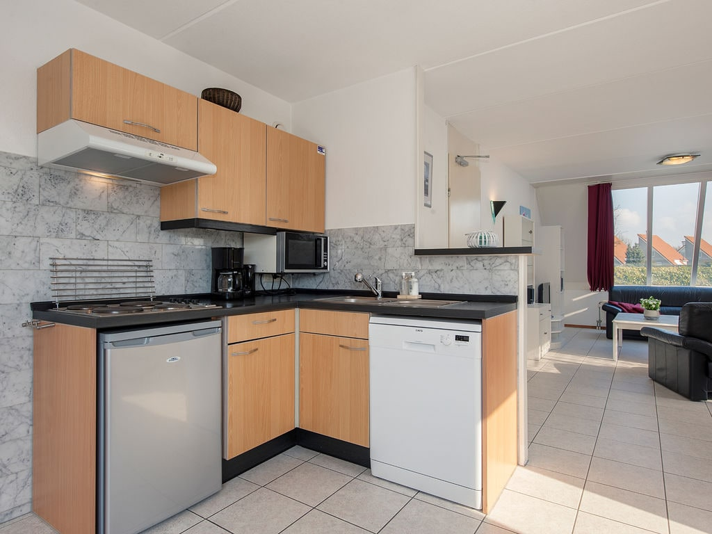 Ferienhaus Freistehende Villa mit Mikrowelle; 1 km zum Meer & Strand (2521030), Elkerzee, , Seeland, Niederlande, Bild 4