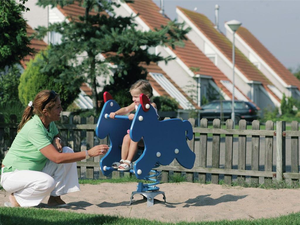Ferienhaus Freistehende Villa mit Mikrowelle; 1 km zum Meer & Strand (2521042), Elkerzee, , Seeland, Niederlande, Bild 9