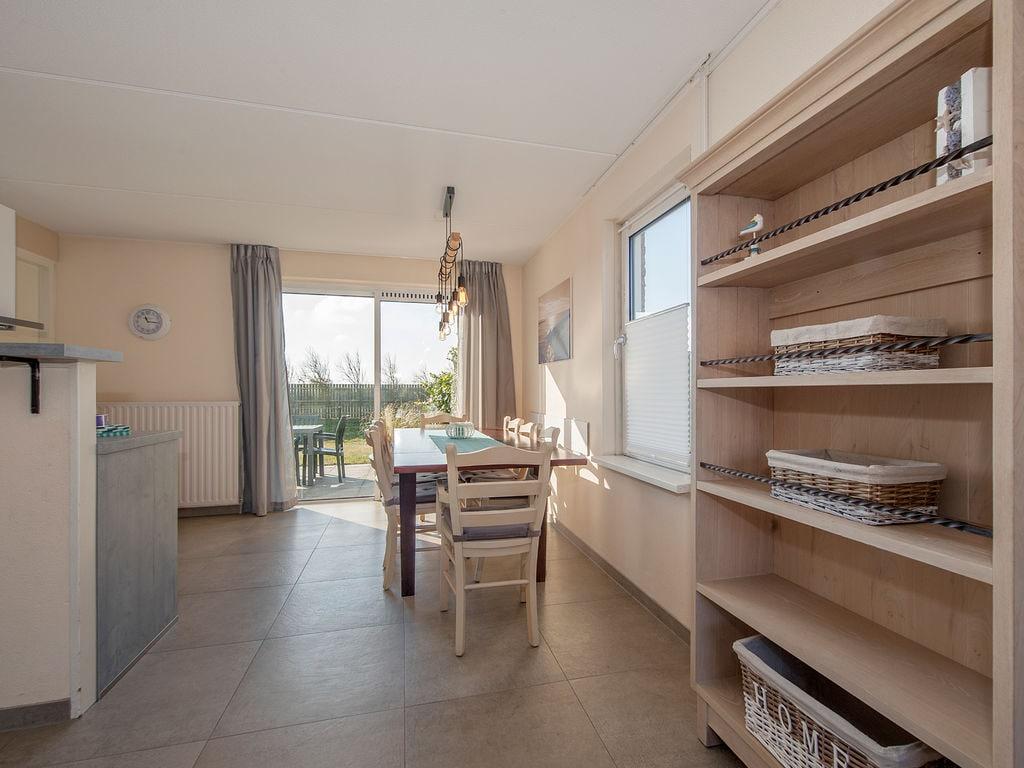 Ferienhaus Freistehende Villa mit Waschmaschine; 1 km zum Meer & Strand (2523141), Elkerzee, , Seeland, Niederlande, Bild 2