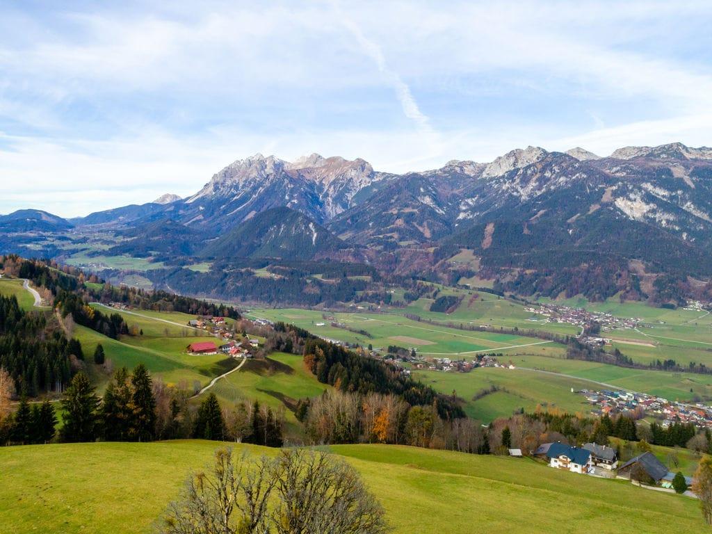 Ferienwohnung Villa in Haus im Ennstal mit Terrasse, Garten, Balkon, Teich (2528551), Haus, Schladming-Dachstein, Steiermark, Österreich, Bild 8
