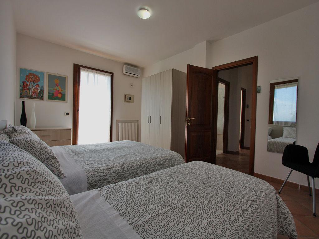 Ferienhaus Villa Gialla (2536294), Pesaro, Pesaro und Urbino, Marken, Italien, Bild 18