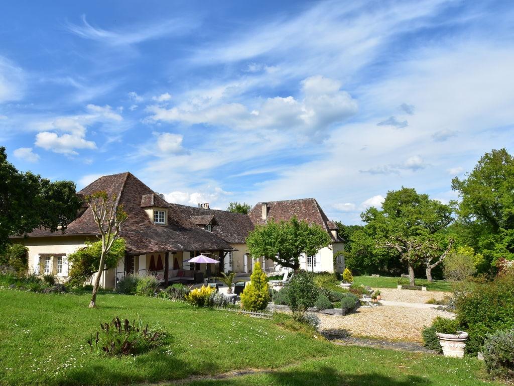 Maison de vacances Luxuriöses Landhaus mit Swimmingpool in Aquitanien (2615461), Pineuilh, Gironde, Aquitaine, France, image 1