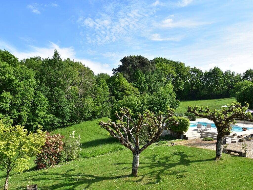 Maison de vacances Luxuriöses Landhaus mit Swimmingpool in Aquitanien (2615461), Pineuilh, Gironde, Aquitaine, France, image 5