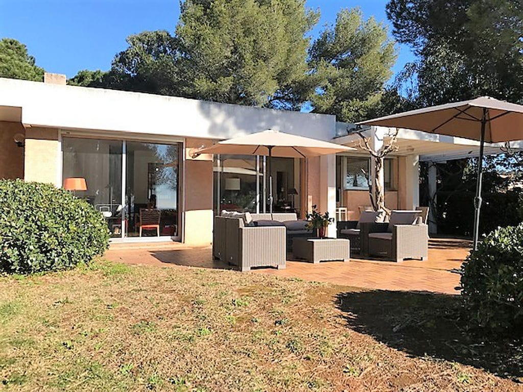 Ferienhaus villa Loumic (2556663), La Croix Valmer, Côte d'Azur, Provence - Alpen - Côte d'Azur, Frankreich, Bild 2