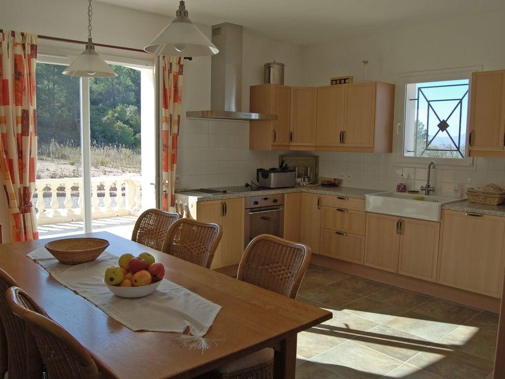 Maison de vacances Luxusvilla mit Jacuzzi in Montbrun-des-Corbieres (2542394), Azille, Aude intérieur, Languedoc-Roussillon, France, image 11
